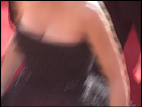 jennifer love hewitt at the 2005 emmy awards entrances at the shrine auditorium in los angeles california on september 18 2005 - jennifer love hewitt stock videos & royalty-free footage