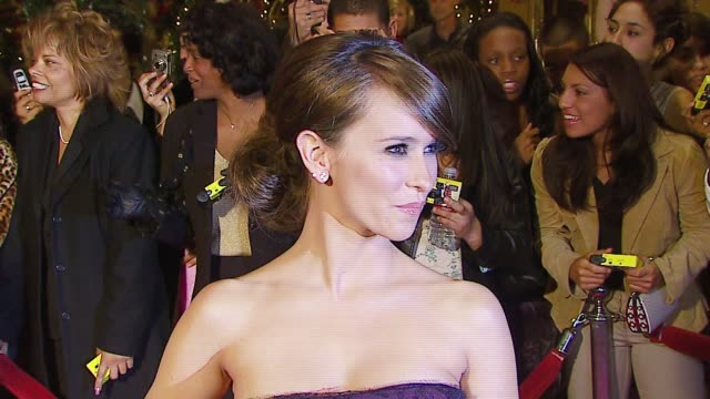 jennifer love hewitt at the 8th annual family television awards at the beverly hilton in beverly hills california on november 29 2006 - jennifer love hewitt stock videos & royalty-free footage