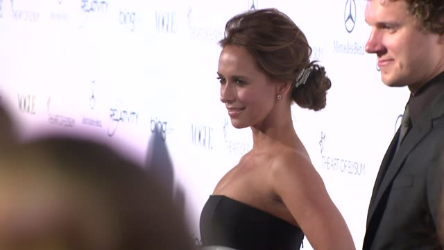 Jennifer Love Hewitt at the Art Of Elysium's 4th Annual 'Heaven' Charity Gala at Los Angeles CA