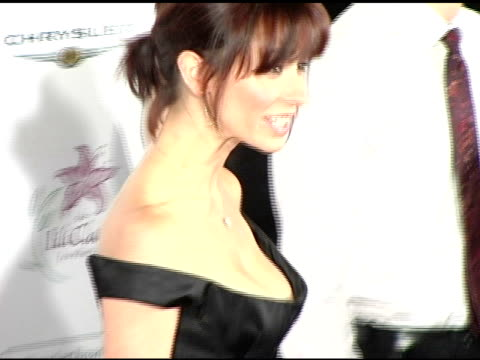 jennifer love hewitt at the lili claire foundation's 7th annual benefit gala hosted by matthew perry at the century plaza hotel in century city... - jennifer love hewitt stock videos & royalty-free footage