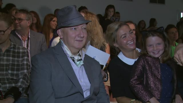 jennifer saunders helen george and linzi stoppard at jasper conran ss15 london fashion week on 13th september 2014 in london england - jennifer saunders stock videos & royalty-free footage