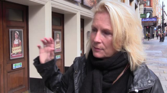 jennifer saunders joins five colleagues during a 'two minute silent stand' on behalf of the uk theatre industry outside the gielgud theatre, in... - stephen marshall regisseur stock-videos und b-roll-filmmaterial