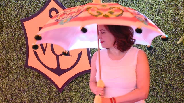 jennifer tilly at the fifthannual veuve clicquot polo classic los angeles at will rogers state historic park on october 11 2014 in pacific palisades... - jennifer tilly stock videos & royalty-free footage