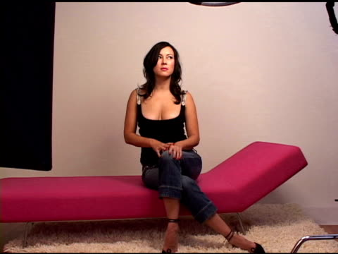 jennifer tilly at the hp portrait studio presented by wireimage and kontent publishing at intercontinental in toronto ontario on september 13 2004 - jennifer tilly stock videos & royalty-free footage