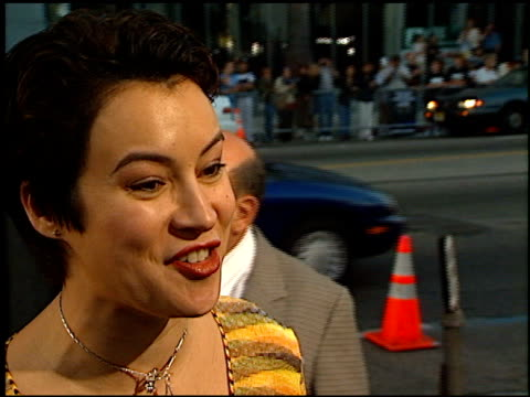 jennifer tilly at the 'men in black' premiere at the cinerama dome at arclight cinemas in hollywood california on june 25 1997 - jennifer tilly stock videos & royalty-free footage