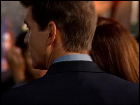vídeos de stock, filmes e b-roll de jennifer tilly at the premiere of 'the world is not enough' on november 8 1999 - série de filmes do james bond