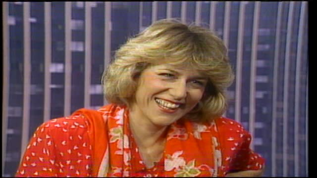 Jennifer warnes interview with Donnie Sutherland continues re comedy and she tells a joke