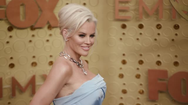 jenny mccarthy at the 71st emmy awards - arrivals at microsoft theater on september 22, 2019 in los angeles, california. - ジェニー・マッカーシー点の映像素材/bロール