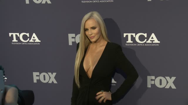 jenny mccarthy at the fox summer tca 2018 all-star party at soho house on august 02, 2018 in west hollywood, california. - west hollywood stock-videos und b-roll-filmmaterial