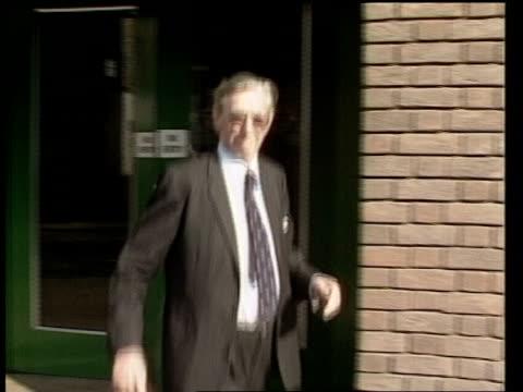 minimal entry; england: chelmsford: ext leuchars i/c sof police surgeon dr ian craig leaving court - surgeon stock videos & royalty-free footage