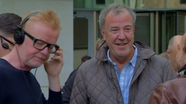 jeremy clarkson discusses his sacking from bbc 'top gear' england london bbc broadcasting house ext jeremy clarkson stands chatting with bbc radio 2... - jeremy clarkson stock-videos und b-roll-filmmaterial