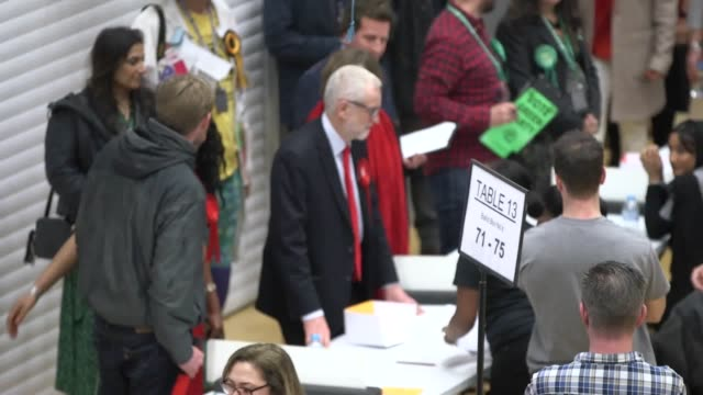 jeremy corbyn arrives at the count in islington as his party look set for a disastrous night in the general election. boris johnson is on course to... - islington stock videos & royalty-free footage