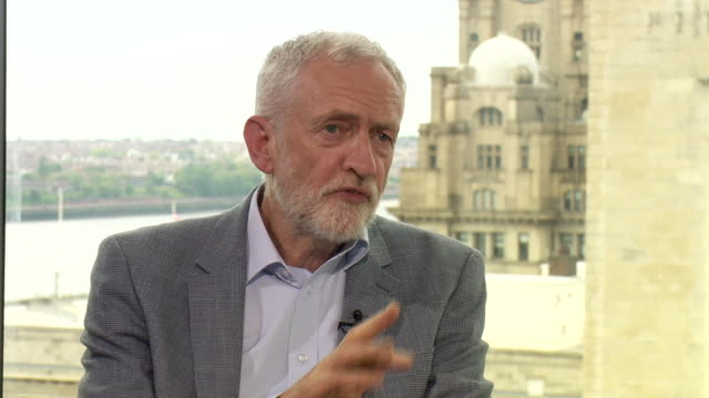 stockvideo's en b-roll-footage met jeremy corbyn explaining why people should vote for labour over the brexit party in the european elections - andrew marr