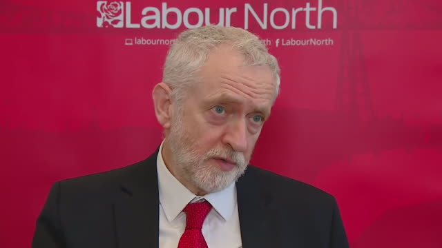 jeremy corbyn saying the nerve agent used in the attack in salisbury 'appears to be russian' and 'we should challenge the russian government on it'... - jeremy corbyn stock-videos und b-roll-filmmaterial