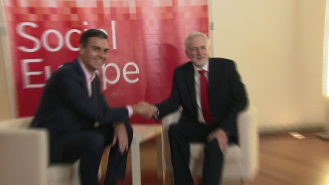 jeremy corbyn shaking hands with spanish prime minister pedro sanchez - jeremy corbyn stock videos and b-roll footage