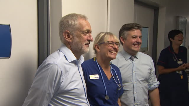 Jeremy Corbyn speaking to NHS staff on a visit to a hospital