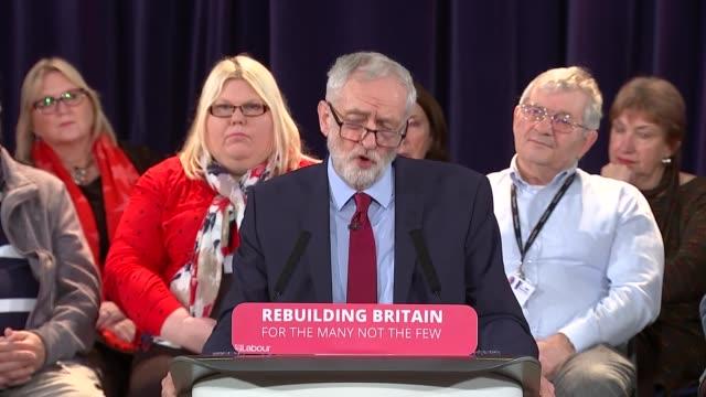 vídeos y material grabado en eventos de stock de east sussex hastings int jeremy corbyn mp speech part 4 of 4 - east sussex