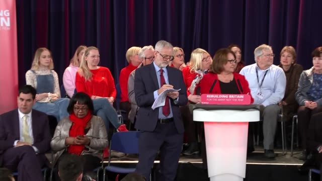 vídeos y material grabado en eventos de stock de east sussex hastings int jeremy corbyn mp question and answer session sot compered by thelma walker mp alongside diane abbott mp and richard burgon... - east sussex