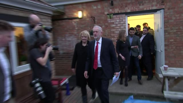 jeremy corbyn speech on immigration and proposed top people's pay caps; stephen kinnock mp interview sot - pity we moved in the space of 18 hours... - top of the pops stock videos & royalty-free footage