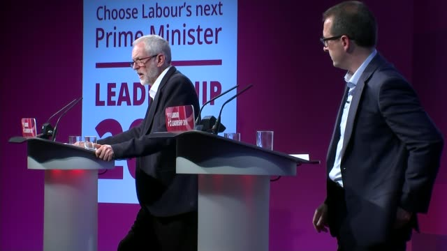jeremy corbyn train overcrowding row lib / tx various shots jeremy corbyn on stage at hustings with owen smith mp - owen smith politician stock videos & royalty-free footage