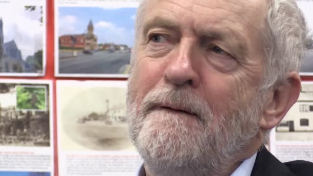 jeremy corbyn visits stretford high school where he attends a humanities class and answers questions from students including one on the abolition of... - jeremy corbyn stock-videos und b-roll-filmmaterial