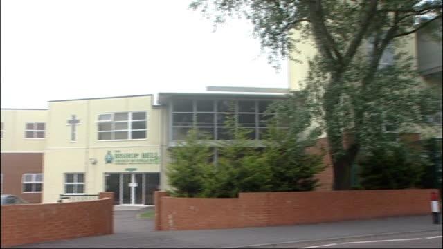 vídeos y material grabado en eventos de stock de jeremy forrest jailed for abduction of schoolgirl east sussex eastbourne general views of the bishop bell school - east sussex