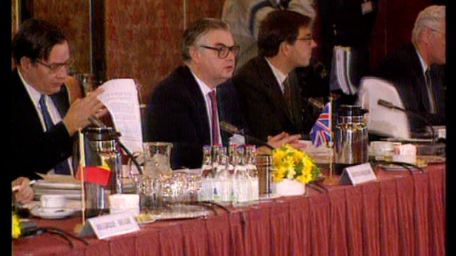 jeremy heywood appointed new cabinet secretary; t01129104 netherlands: the hague: norman lamont mp with heywood at maastricht treaty talks - jeremy heywood stock videos & royalty-free footage