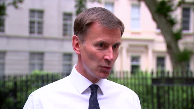 jeremy hunt saying it's disappointing that sir kim darroch's emails criticising donald trump's administration were leaked but they represent a... - scolding stock videos & royalty-free footage