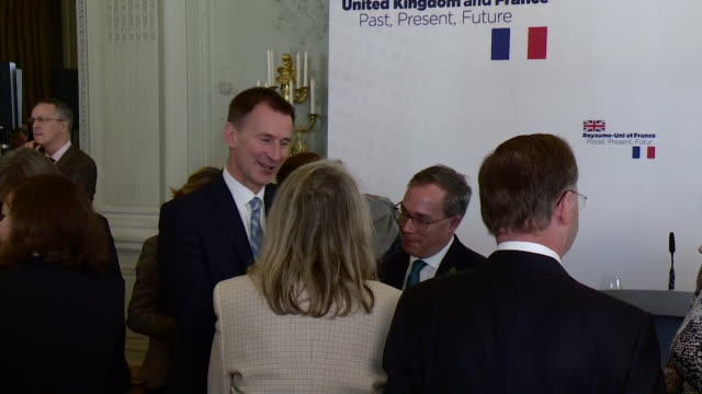 Jeremy Hunt speaking to ministers at the French Ministry of Foreign Affairs