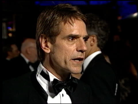 jeremy irons at the 1998 academy awards vanity fair party at morton's in west hollywood, california on march 23, 1998. - 第70回アカデミー賞点の映像素材/bロール