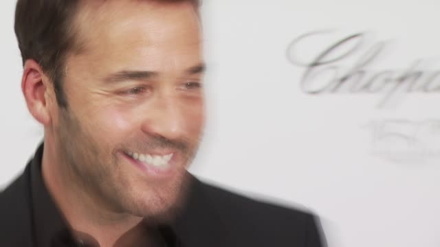 jeremy piven at the 18th annual elton john aids foundation oscar party at west hollywood ca. - oscar party stock videos & royalty-free footage