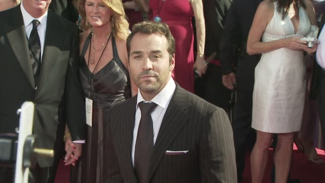 jeremy piven at the 60th primetime emmy awards at los angeles ca. - jeremy piven stock videos & royalty-free footage