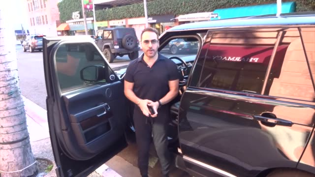 jeremy piven runs errands in beverly hills in celebrity sightings in los angeles, - jeremy piven stock videos & royalty-free footage
