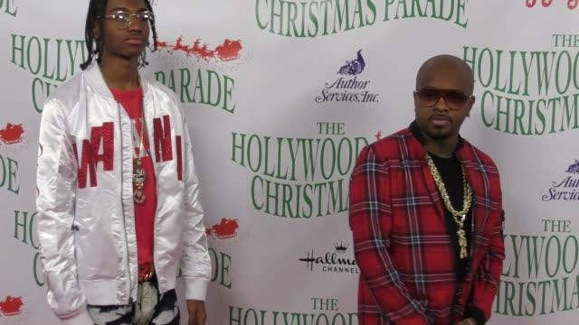 jermaine dupri at the 86th annual hollywood christmas parade on november 26 2017 in hollywood california - sfilata di natale di hollywood video stock e b–roll