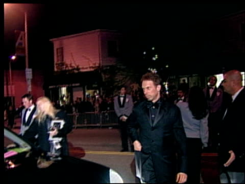 jerry bruckheimer at the 2002 academy awards vanity fair party at morton's in west hollywood california on march 24 2002 - オスカーパーティー点の映像素材/bロール