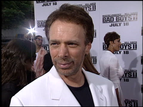 vídeos de stock, filmes e b-roll de jerry bruckheimer at the 'bad boys ii' premiere on july 9 2003 - bad boys ii