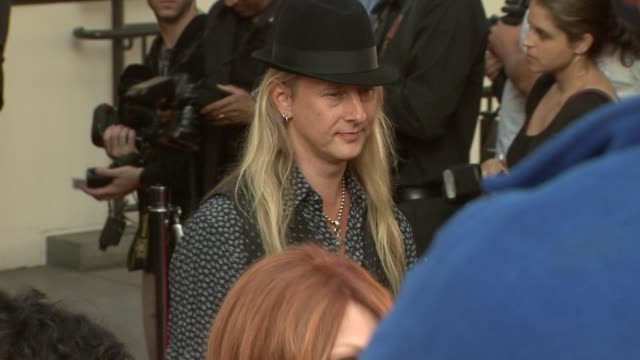 vidéos et rushes de jerry cantrell at the 26th annual ascap pop music awards at hollywood ca. - ascap