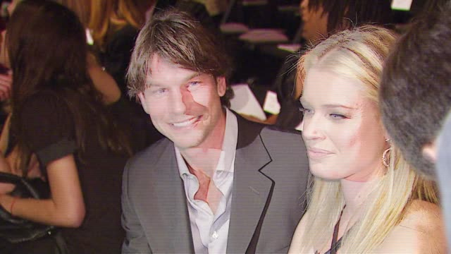 stockvideo's en b-roll-footage met jerry o'connell and rebecca romijn at the mercedesbenz fall 2007 la fashion week bebe at smashbox studios in culver city california on march 18 2007 - rebecca romijn