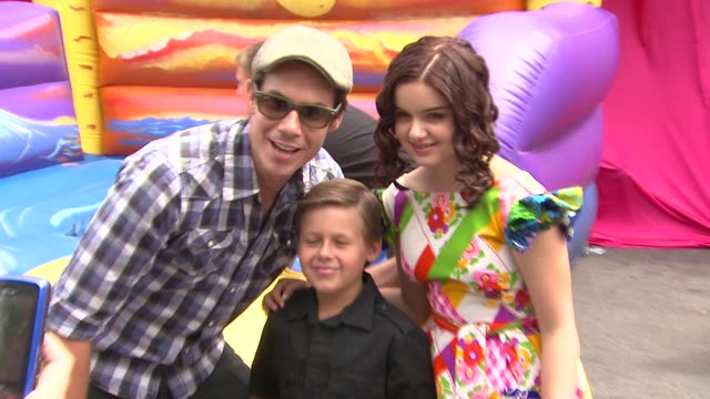 jerry trainor jackson brundage ariel winter at the nickelodeon's 'iparty with victorious' premiere at west hollywood ca - ariel winter stock videos and b-roll footage