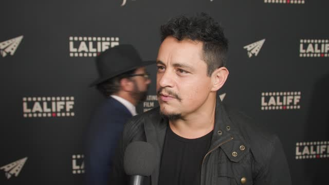 """jesse garcia at the laliff closing night """"women is losers,"""" red carpet capture produced by cindy maram, dig in magazine/in close entertainment at tcl... - tcl chinese theatre stock videos & royalty-free footage"""