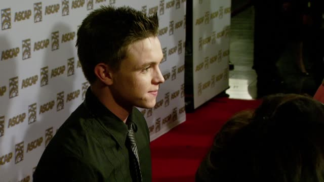 vidéos et rushes de jesse mccartney at the ascap's 25th annual pop music awards at the kodak theatre in hollywood, california on april 9, 2008. - ascap