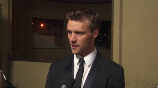 jesse spencer on being the last one here on australia on being here at the g'day usa 2010 black tie gala at hollywood ca - zuletzt stock-videos und b-roll-filmmaterial