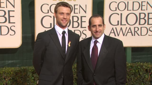 jesse spencer peter jacobson at the 67th annual golden globe awards arrivals part 3 at beverly hills ca - ゴールデングローブ賞点の映像素材/bロール