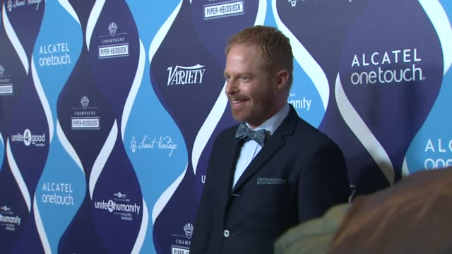 jesse tyler ferguson at the 2nd annual unite4humanity presented by alcatel onetouch on february 19 2015 in beverly hills california - オスカーパーティー点の映像素材/bロール
