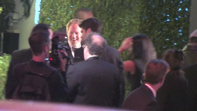 vídeos y material grabado en eventos de stock de jesse tyler ferguson justin mikita arrive at the 2012 vanity fair oscar party in west hollywood ca 02/26/12 - oscar party