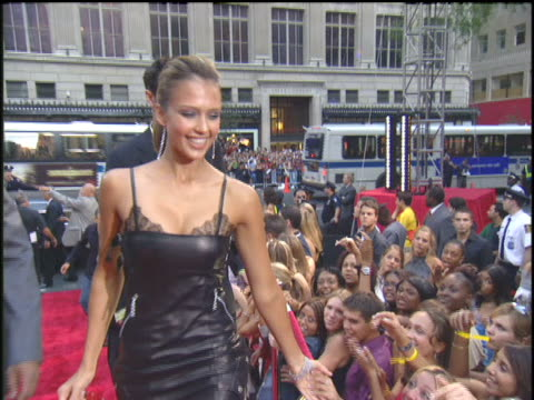 Jessica Alba Arriving to the 2003 MTV Video Music Awards Red Carpet