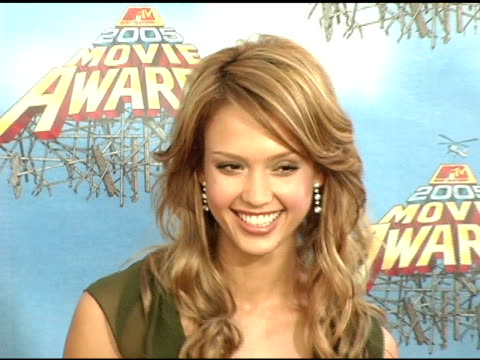 Jessica Alba at the 2005 MTV Movie Awards Arrivals at the Shrine Auditorium in Los Angeles California on June 4 2005