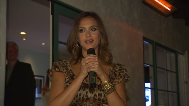 jessica alba at the lucky's september cover star jessica alba celebrates with lucky thisnextcom at pacific palisades ca - pacific palisades stock videos & royalty-free footage
