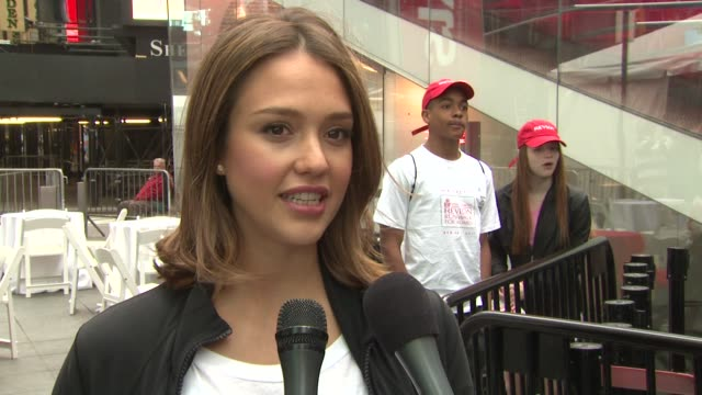 jessica alba talks about the energy at this event says it's great to do it again this year compliments revlon for doing something about women on the... - revlon stock videos and b-roll footage