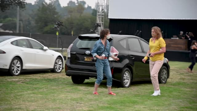 """CA: Fox Searchlight And The Telluride Film Festival Host Drive-In Premiere Of """"Nomadland"""""""